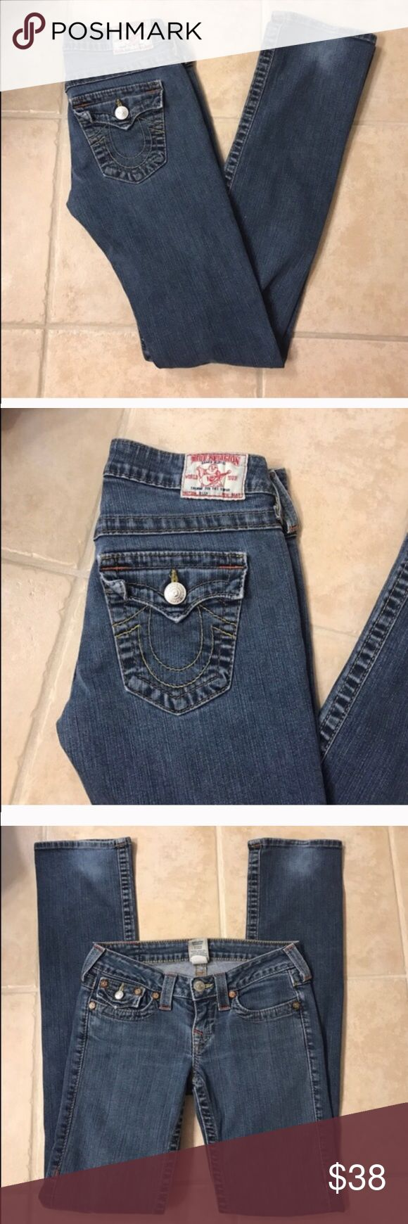 Size 26 True Religion straight cut jeans Size 26 True Religion straight cut jeans True Religion Jeans