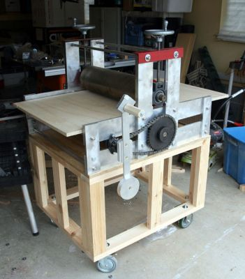 One of the largest projects that I have attempted to date is the building of my etching press. I had a smaller Blick press, but found it to be rather limiting. I wanted something that had a bed of at LEAST 24 inches wide. But, I also was on a budget- I didn't want to spend 5k plus for a press. So, I decided to build my own! Based on Doug Forsyth's plans, this is what I built-