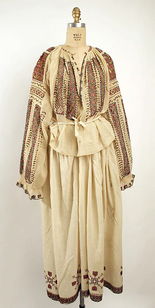 Cotton dress with silk embroidery (without embroidered silk and wool tasseled apron), Romanian, 19th C.