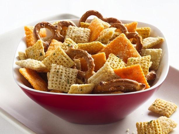 Cheesy Ranch Chex® Mix: Ranch Dresses, Cheesy Ranch, Schools Snacks, Kids Snacks, Cheesy Chex, Savory Recipe, Parties Mixed, Chex Mixed, Ranch Chex