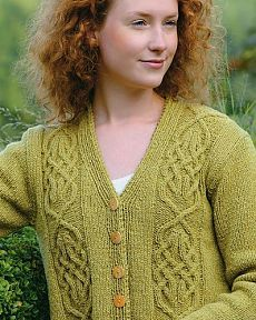 Signild by Elsebeth Lavold - The Knitter, Issue 76; Viking Knits & Ancient Ornaments