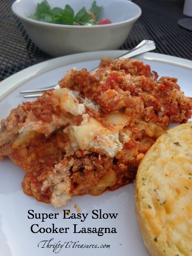Super Easy Slow Cooker Lasagna - Once you make this recipe you'll never go back to the old-fashioned way of making lasagna! You'll love this crockpot recipe!