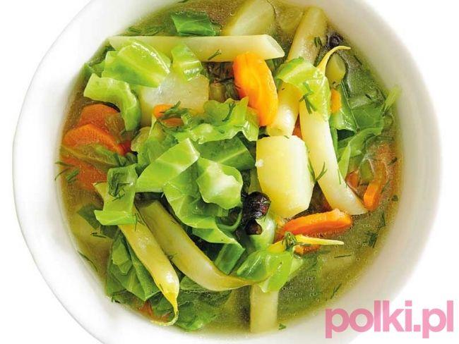 zupa z młodą kapustą i fasolką