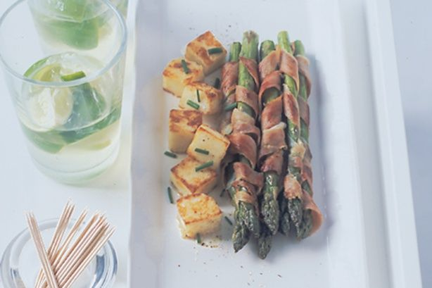 This stylish platter looks amazing but it only takes a few minutes to arrange all the components.