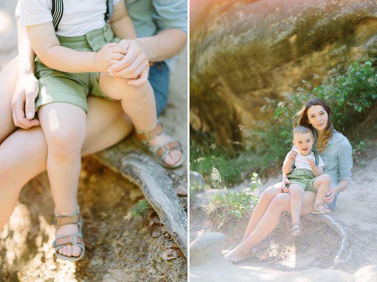 Zdjęcie mamy z synkiem na sesji rodzinnej w LIRYKA Atelier