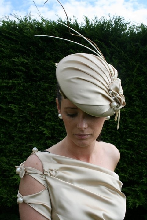Clodagh Irwin Owens Design: July 2011  #millinery #judithm #hats
