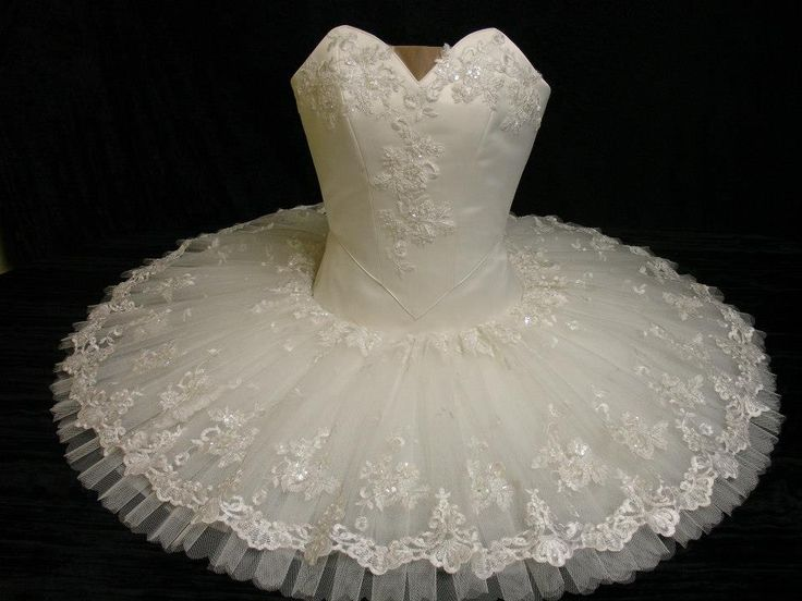 Aurora's Wedding tutu www.theworlddances.com/ #costumes #tutu #dance