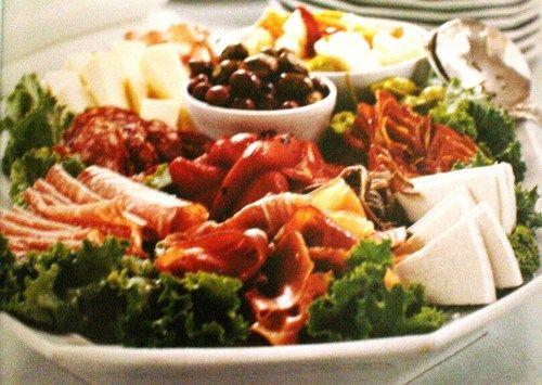 antipasto platter photo: Platters Italian, Food Pictures, Platters Photo, Food Antipasto, Italianfood Photo, Antipasto Platters, Italian Food Photo, Parties Platters, Italian Foods