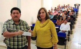 Otorga SECULTA recursos a centros culturales mixtecos