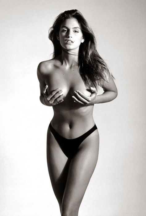Gorgeous Cindy Crawford made goddess-like by Herb Ritts' camera <3
