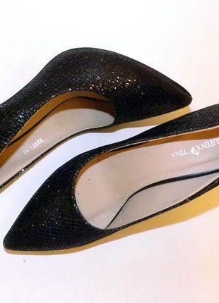 Kup mój przedmiot na #vintedpl http://www.vinted.pl/damskie-obuwie/polbuty/16893109-czarne-klasyczne-szpilki-w-szpic-rozmiar-39