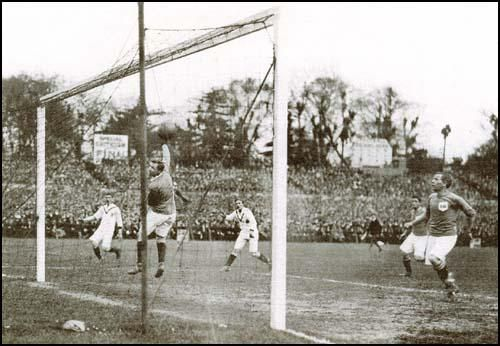 Manchester United's Sandy Turnbull (out of shot) scores the winning goal in the 22nd.minute against Bristol City in the1909 FA Cup Final at Crystal Palace.