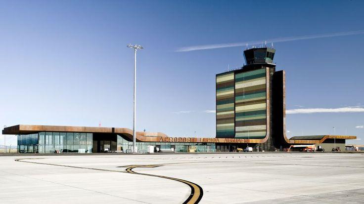 Obra de b720 Fermín Vázquez Arquitectos para aeropuerto de Lleida