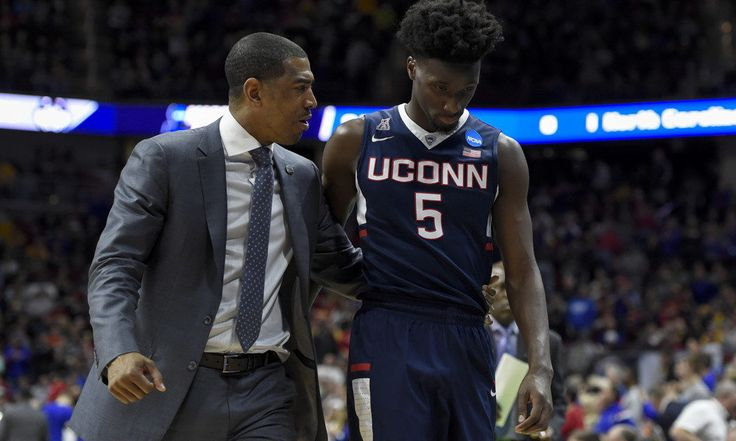Ollie eager to blend and develop talented UConn team = STORRS, Conn. – There's a lot of young talent waiting to be developed. There are familiar faces hoping to mature and refine their games.  The next task is mixing them into a team. Connecticut basketball coach Kevin Ollie.....