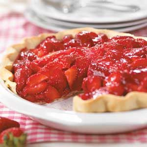 Shimmering Strawberry Pie - Fresh strawberries coated with a light glaze makes for a low calorie pie that's truly delicious.