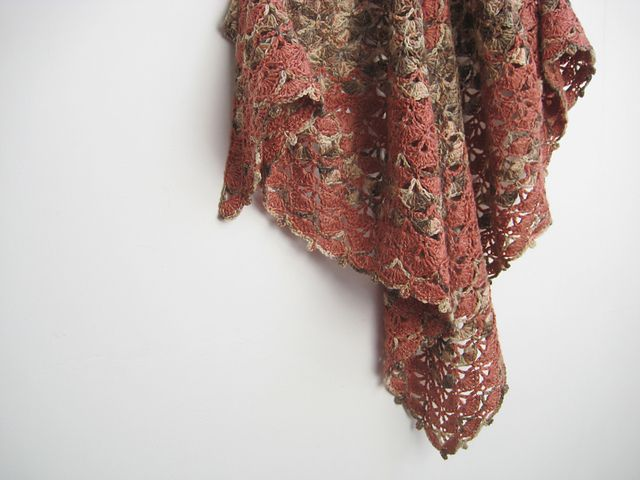 Ravelry: Project Gallery for 10001 Triangle shawl pattern by MYpicot