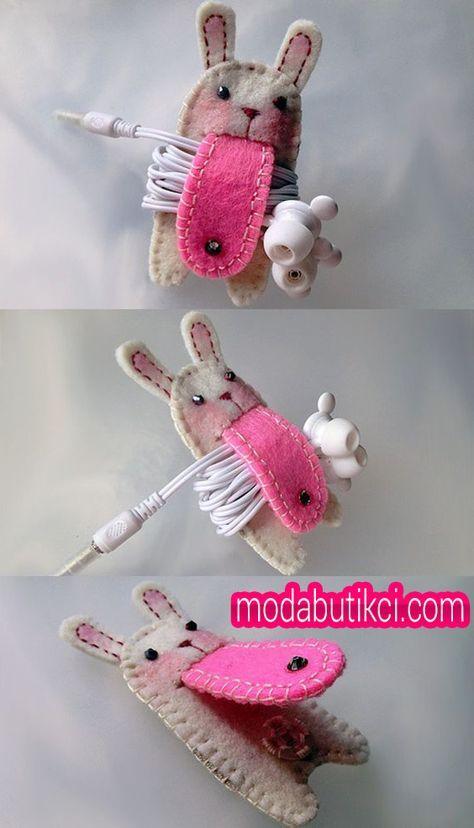 Keçeden tavşan modeli kulakık tutma aparatı.