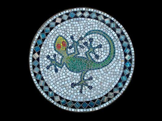 http://www.sunseek.net/mosaic/steppingstones/images/02step_liz_72.jpg