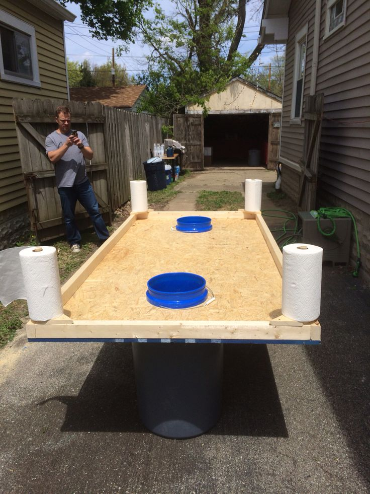 DIY Crawfish Boil Table