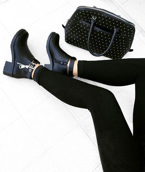 Bottines femme couleur noir Buzzao disponible du 36 au 41 sur www.buzzao.com