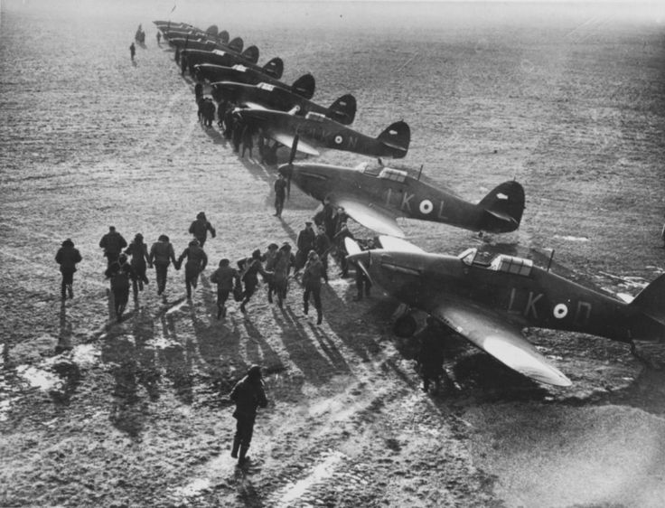 Hawker Hurricane Mk.Ia, 87 Squadron RAF, in the French airport, 1940