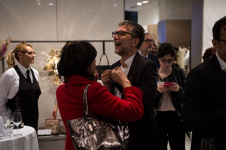 "jewelry - 14 aprile, cocktail party per ""Alas de Angel"" di  #PatricioParada  #LeABoutique  #Milano #MDW #MDW16 #DesignWeek #Fuorisalone #Fuorisalone2016 #design #designer #gold #light #AlasdeAngel #necklace"