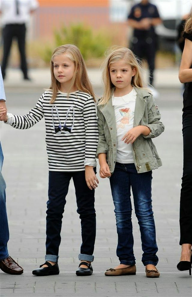 MYROYALS &HOLLYWOOD FASHİON: Infanta Leonor and Infanta Sofia visit their grandfather King Juan Carlos in the hospital