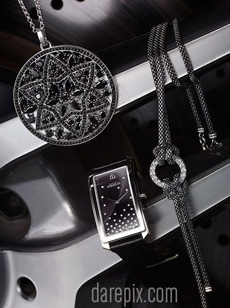 Jewellery & Watches for Shine/Skitter Magazine 2013 - Malcolm Dare Photography http://darepix.com/gallery/shineskitter-2013-car-stills/
