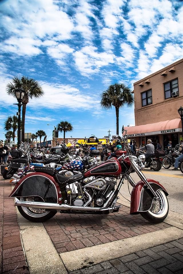 2017 Daytona Beach Florida During Bike Week Indian Motorycle Motorcycle Transportation Pinterest And