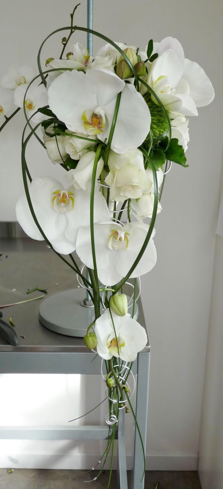 Les 25 Meilleures Id Es De La Cat Gorie Cascade De Bouquets De Mariage Sur Pinterest Bouquet