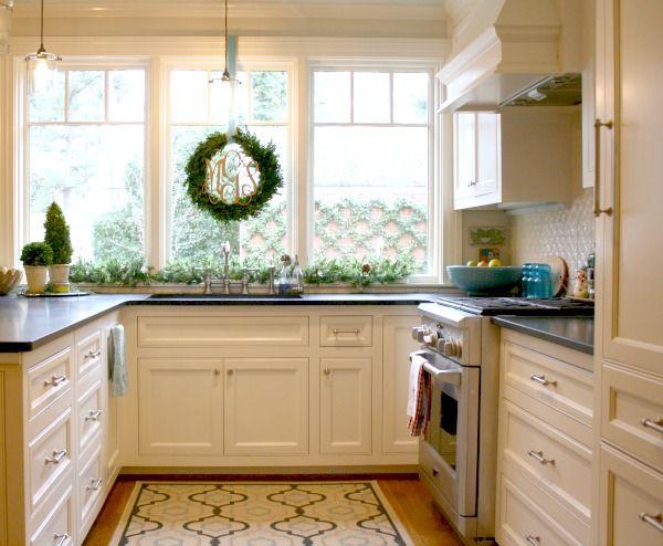 Elegant Holiday Kitchen Cabinets Reviews