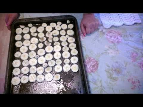 How to make homemade Baked Banana Chips at home - YouTube
