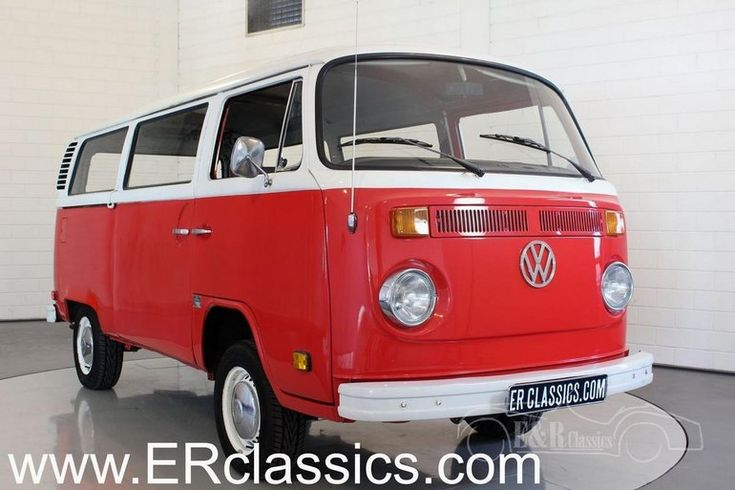 1973 Volkswagen Transporter T2 B 1973 Bus Walkthrough