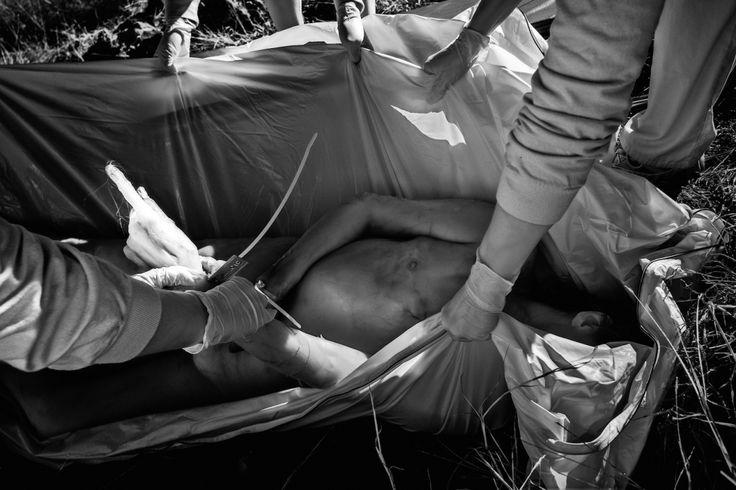 Photographs from the World's Largest Human Decomposition Center