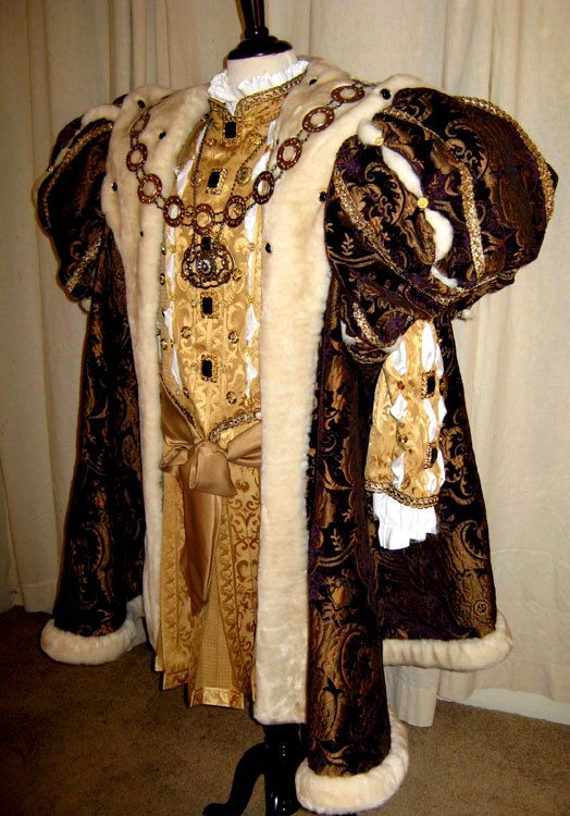 HISTORICAL MALE COSTUMES