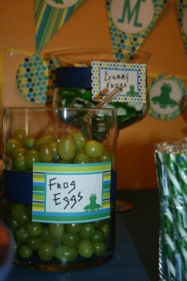 Leap Year Frog Party Food Ideas — this healthy version of a frog egg snack features grapes.