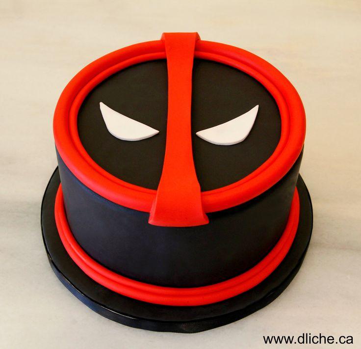 Notre gâteau Deadpool!!!  Our Deadpool cake!!!