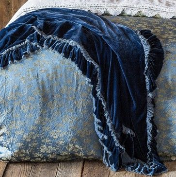 Bella Notte Throw Blanket, Loulah traditional-throws