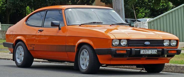 1977-1986 Ford Capri S coupe (2010-12-28).jpg