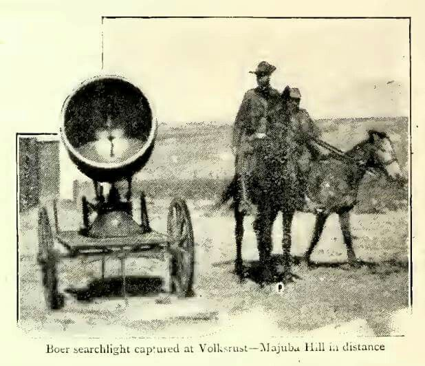 Boer searchlight captured at Volksrust (from Black and White Budget)