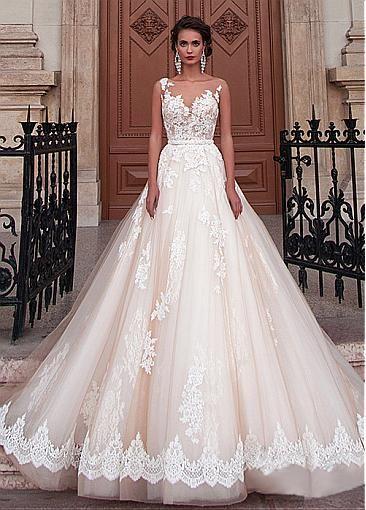 Fabulous Tulle Bateau Neckline Ball Gown Wedding Dresses With Lace Appliques