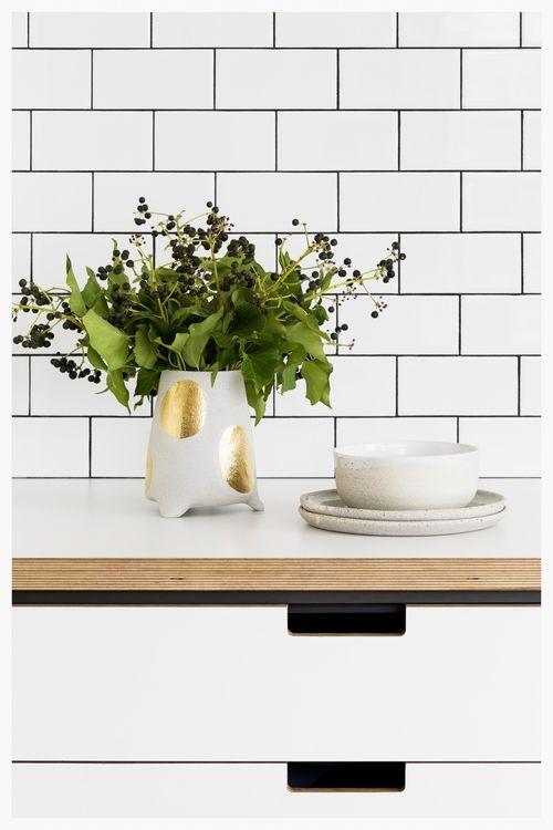 Melbourne-made ceramics by Bridget Bodenham and Shelley Panton | cantileverinteriors.com
