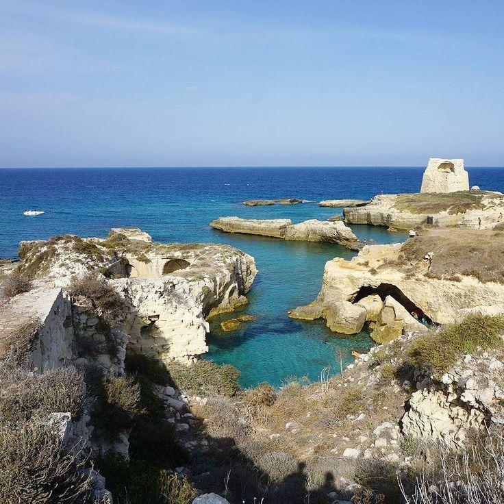 Odkrywamy plaże i inne zakątki Apulli   #wakacje #wakacyjnywypad #wakacje2017 #holidaysinitaly #vacationsinitaly #apulia #apuliatravels #puglia #italy #wlochy #plaza #torrediroca #skaly #pieknapogoda #pieknewidoki #sightseeing #zwiedzanie #plazingsmazing #sunlover #mare #morze #morzeadriatyckie