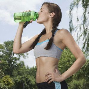 DIY: Detox Water to Shrink Your Belly in 10 Days |