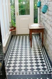 Entrada Recibidor #mosaico #blancoynegro #suelohidraulico #hall #tiles #cementiles
