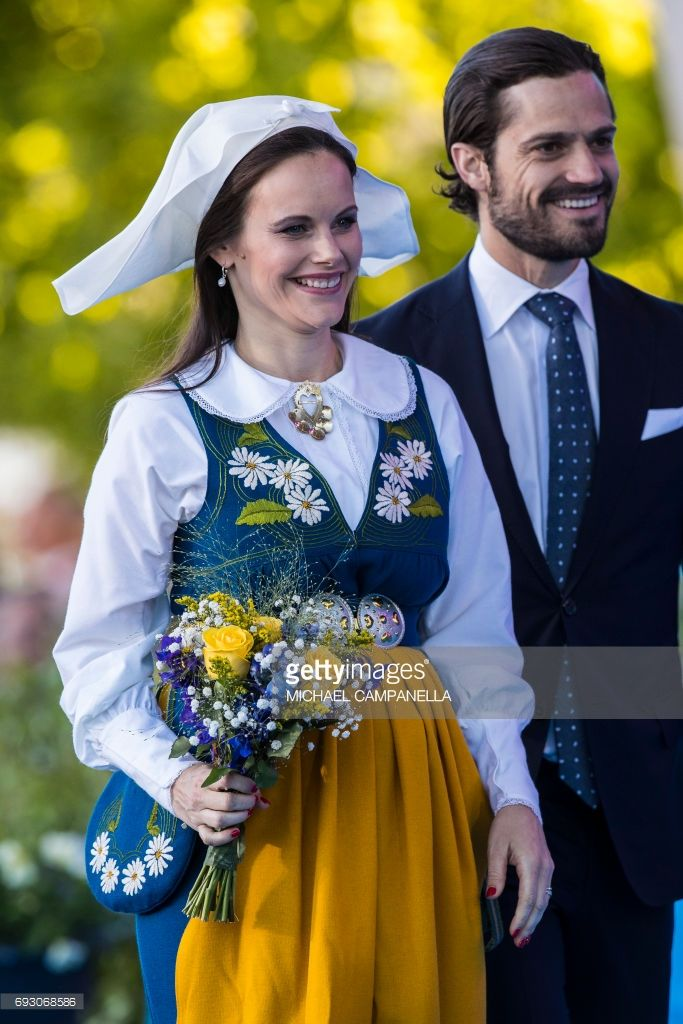 Princess Sofia and Prince Carl Phillip of Sweden during the national day celebrations at Skansen on June 6, 2017 in Stockholm, Sweden. (Photo by MICHAEL CAMPANELLA/WireImage)