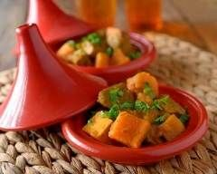 Tajine de poulet aux patates douces : http://www.cuisineaz.com/recettes/tajine-de-poulet-aux-patates-douces-3039.aspx