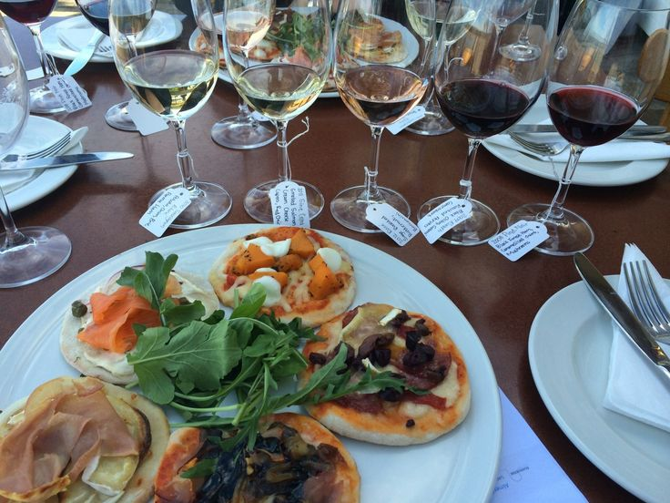 Gourmet Pizza & Wine Pairing at HRE Cool Wine & Country 2014