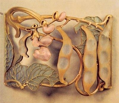 Art Nouveau artists - Lalique Jewelry, brooches, buckles