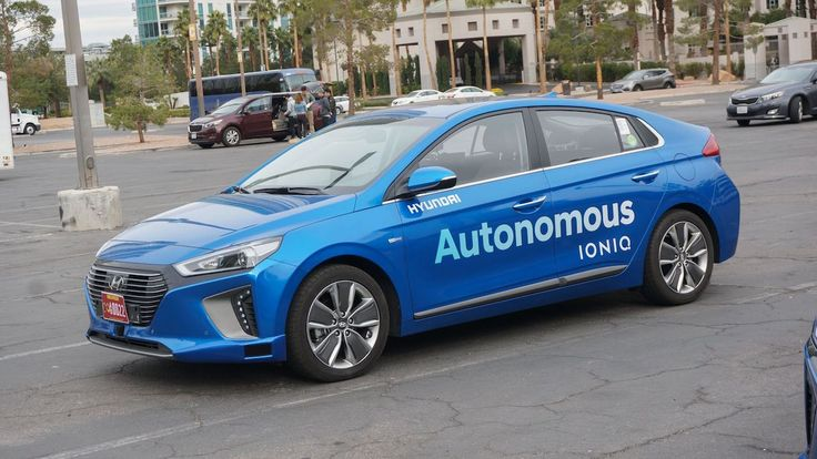 Former GM Researcher Hired by Hyundai for Self-Driving Car Plant